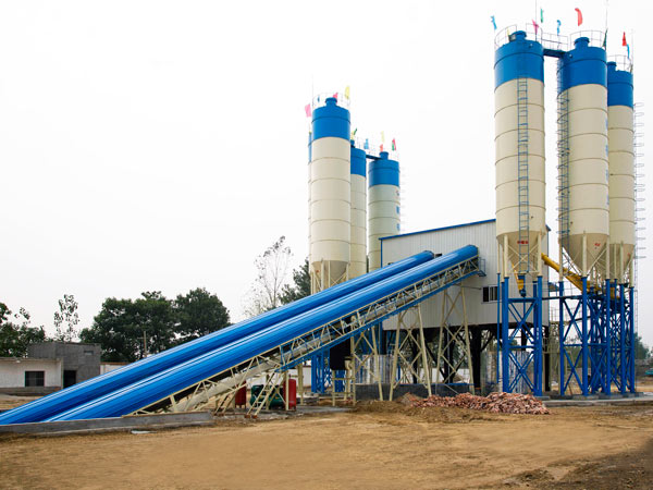 belt type of portable concrete batch plant