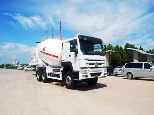 5m3 mobile concrete mixer truck