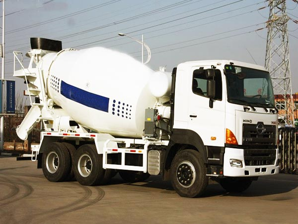 16 m3 mobile concrete mixer truck