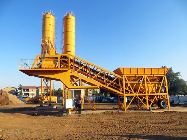 mobile type of small concrete batching plant