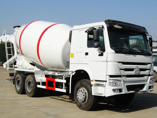mobile concrete truck