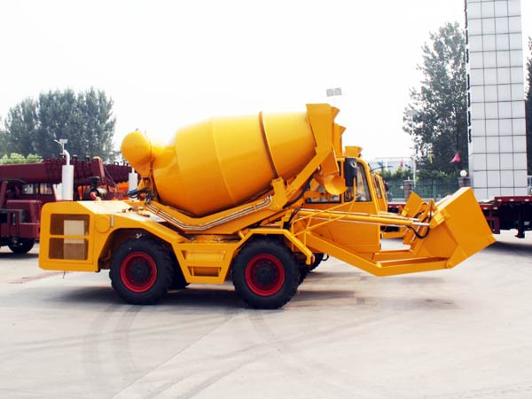 CL3000 mobile self loading mixer