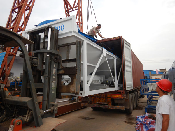 Loading Concrete Batcher